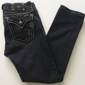 NWOT MISS ME Saddle Stitch Border Cut Jean